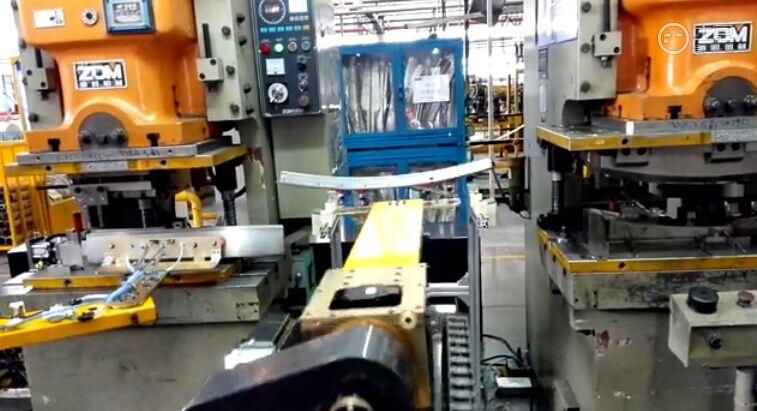 (敏实集团)五轴冲压机械手生产线